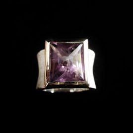 Amethyst – Ring